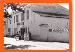 Riez-la Romaine  -  Miellerie  -  Pub Miel. (2 Scans) - Autres Communes