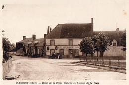 CPA - 18 - CLEMONT- Hôtel De La Croix Blanche Et Avenue De La Gare - Clémont