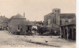 Secondigny-en-Gâtine Animée Place Du Champ De Foire Attelage - Secondigny