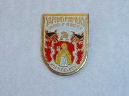Pin's SAPEURS POMPIERS D HOCHFELDEN - Firemen