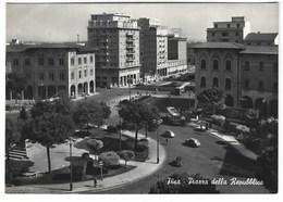 5875 - PISA PIAZZA DELLA REPUBBLICA ANIMATA AUTO AUTOBUS FILOBUS 1950 CIRCA - Pisa