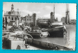 Dunkerque Remorqueurs Au Frecinet 1 -  Grand Port - Dunkerque