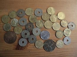 LOT DE 32 PÏECES DE 5 CENTIMES DIFFERENTES. 1912 / 1998 - C. 5 Centimes