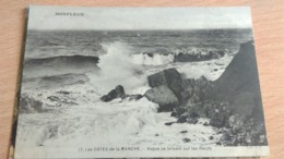 CPA - HONFLEUR - 17. LES COTES DE LA MANCHE - Vague Se Brisant Sur Les Récifs - Honfleur