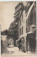 CPA    50   LE MONT SAINT MICHEL   L HOTEL POULARD AINE  ET LE MUSEE   LL 121 - Le Mont Saint Michel