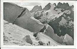 38. CPA. Isère. Oisans. Le Glacier Des Agneaux Et La Grande Ruine (animée) - France