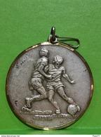 Luxembourg Médaille, Comm. Des Jeunes F. C. Minerva Lintgen - Entriegelungschips Und Medaillen