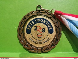 Luxembourg Médaille, Fête Sportive 2008, Mondercange - Entriegelungschips Und Medaillen