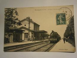 Mormant La Gare Arrivée Du Train De Paris - Mormant