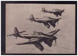 DT- Reich (009012) Propagandakarte Eine Kette Von Sturzkampfflugzeugen Ju87 Im Anmarsch Gegen Den Feind, Ungebraucht - Germany