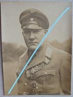 Photo German Officier Medals Order Médailles Médaille Ritterkreuz Croix De Fer Circa 1930 Décoration - War, Military