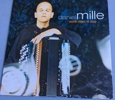 CD 4 Titres : Daniel Mille : Entre Chien & Loup / Les Minots / Les Errances D'une Valse / Les Embruns (2001) - Música & Instrumentos
