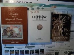 LOT DE 3 CATALOGUES DE COTATION NUMISMATIQUES FRANCAIS. 1988 / 1999 LES BILLETS DE LA BANQUE DE FRANCE 1988. DE L AN V - Books & Software