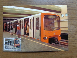 Bruxelles: Métro, Rame Metro Dans La Station Delta --> Onbeschreven - Transport Urbain Souterrain