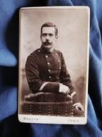 Photo CDV Marius à Paris - Portrait Militaire Sergent Du 39e D'infanterie, Circa 1885-90 L498I - Photographs