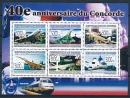 NB - [400314]TB//**/Mnh-Guinée 2009 - BL4113/4117, 40è Anniversaire Du Premier Vol De L'avion Supersonique, Concorde, Tr - Concorde