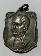 Médaille. Fédération Libre Des Secouristes Mutuelles De Bruxelles Et Fabourgs. J. De Knop Trésorier 25e Année. 1877-1902 - Firma's