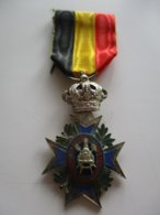 Médaille Belge Du Travail - Union Professionnelle - Professionnels / De Société