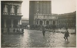 2c.35.  VENEZIA - Piazza S. Marco - Anni '30 - Foto Graziadei - Venezia (Venice)