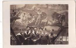 Carte Photo   Groupe De Marins Français à Corfou (Grèce) Devant L'Achilleon     1917 - Guerra, Militari