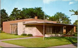 Iowa Waterloo Grout Historical Museum - Waterloo