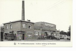 ARENDONK   Landbouweconomie Moderne Melkerij,bij Arendonk. - Arendonk