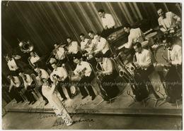 Dédicace De Ray Ventura Et Son Orchestre De Jazz . Tirage Original D'époque à Edmée Guignier Ray Ventura. C 1937FG0867 - Dédicacées
