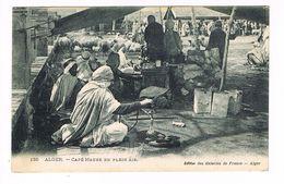 CPA. Alger. Café Maure En Plein Air. (P.234) - Alger