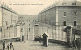 59 - Valenciennes - La Caserne Vincent - Animée - Voir Scans Recto-Verso - Valenciennes