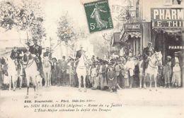 SIDI BEL ABBES Revue Du 14 Juillet  - L'Etat-Major Attendant Le Défilé Des Troupes  - Ed. Boumendil 20 - Sidi-bel-Abbès