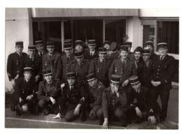 Photo Groupe Militaire Uniforme Homme Exterieur 12,5x9 Cm - Guerra, Militari