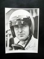 Grande Fotografia Originale Lorenzo Bandini Pilota Ferrari Autografo Fac Simile - Foto