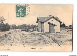 CPA 36 Prissac La Gare Et Le Train Tramway - Francia