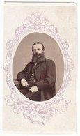 0220 CDV Photografie: Ort U. Fotograf Unbekannt - Portrait, Feiner Herr Mit Prächtigem Vollbart Mann Homme Man Gentleman - Photographs