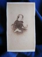 Photo CDV Clovis Cousin à Pontoise - Second Empire Portrait Femme Pensive, Circa 1860 L498J - Old (before 1900)