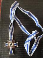 Médaille Mère Allemande 3éme Reich 16 Décembre 1938 - Allemagne