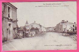 MAREUIL SUR LE LAY ENTREE PAR LA ROUTE DE LUCON CP ANIMEE  CARTE NEUVE - Mareuil Sur Lay Dissais