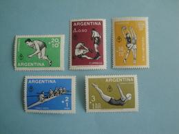 1959 Argentine  Yv 607/9 + PA64/5 ** MNH  - Michel 706/10 Scott B19/21 + C15/6  SG 955/9 Sport - Argentina