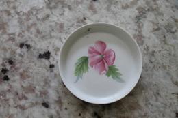 Petite Coupelle En Porcelaine De Limoges Années 60 - Autres