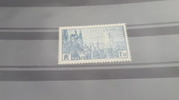 LOT500512 TIMBRE DE FRANCE NEUF** LUXE N°328 - France