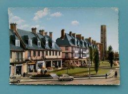 76 - YVETOT --- Le Mail Vers L'Eglise (automobiles...) - Yvetot