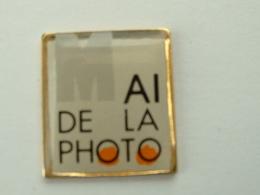 PIN'S MAI DE LA PHOTO - Photography