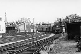 Paris-Bastille. Locomotive 131 TB 27. Cliché Jacques Bazin. 09-07-1958 - Trains