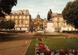 78-VERSAILLES PLACE HOCHE-N°TB3597-C/0169 - Versailles (Château)