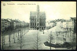 OUDENAARDE / AUDENARDE - Stadhuis En Groote Markt- Hôtel De Ville Et Grand'Place - Circulé - Circulated - Gelaufen -1911 - Oudenaarde