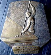 BILLARD TROPHEE EN BRONZE DE CHAMPION DE BILLARD DECERNE A  B C DE VALK L POSSEMIERS 1934 SIGNE MARTENS - Bronces
