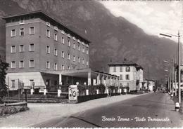 """BOARIO TERME - BRESCIA -VIALE PROVINCIALE - MANIFESTO CINEMA FILM """"BOLERO"""" - DISTRIBUTORE BENZINA AGIP - 1959 - Brescia"""
