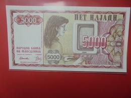 MACEDOINE 5000 DENAR 1992 PEU CIRCULER/NEUF (B.12) - Macedonia