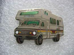 Pin's Camping Car - Pin's