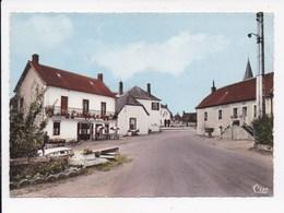 CP 03 TREBAN Le Centre Du Bourg - Otros Municipios
